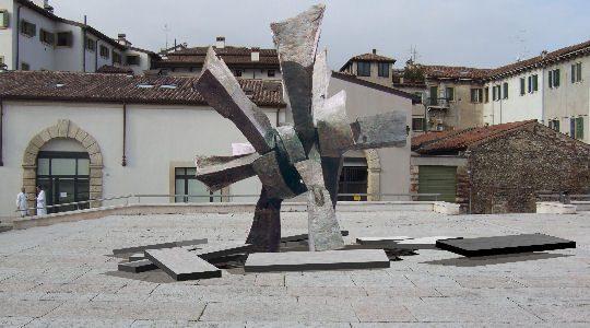 MONUMENTO AI DEPORTATI DAI NAZISTI – Verona